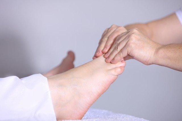 Bóle mięśni rąk i nóg - jak sobie z nimi poradzić?